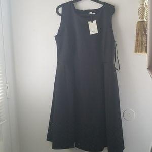 DANA BUCKMAN sleeves black dress size 16. Plus siz